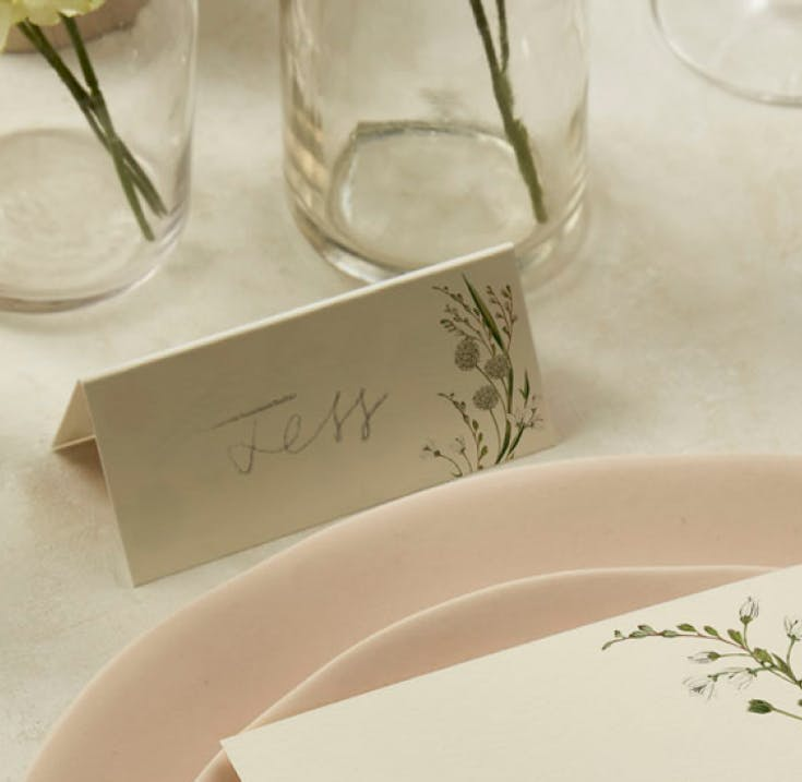 The most inviting place cards