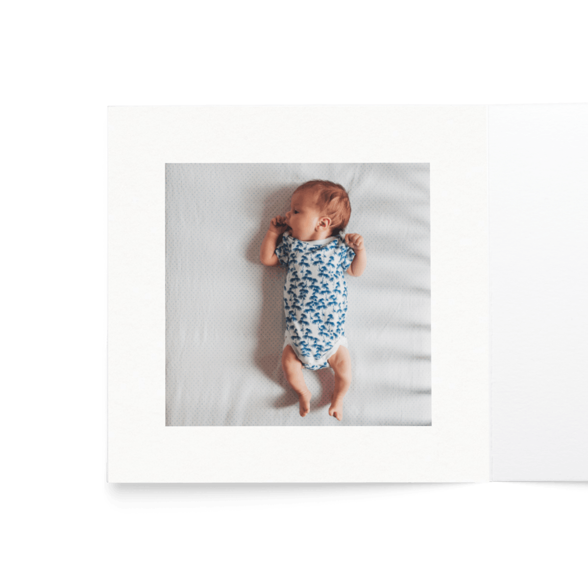 Https%3a%2f%2fwww.papier.com%2fproduct image%2f79005%2f49%2fbaby photo frame 16757 innen links 1560162416.png?ixlib=rb 1.1